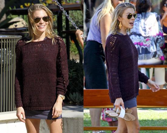 LeAnn Rimes in Vince Loose Knit Sweater