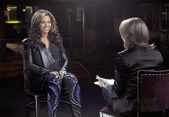 Beyoncé wearing Alexander McQueen Butterfly Jacquard Leggings
