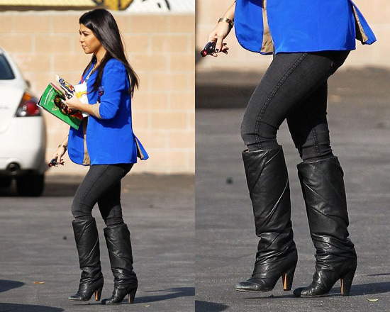 Kourtney Kardashian wearing Bleulab Angle Leggings