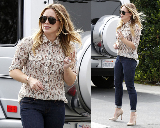 Hilary Duff wearing Tory Burch Seahorse Print Evelyn Shirt