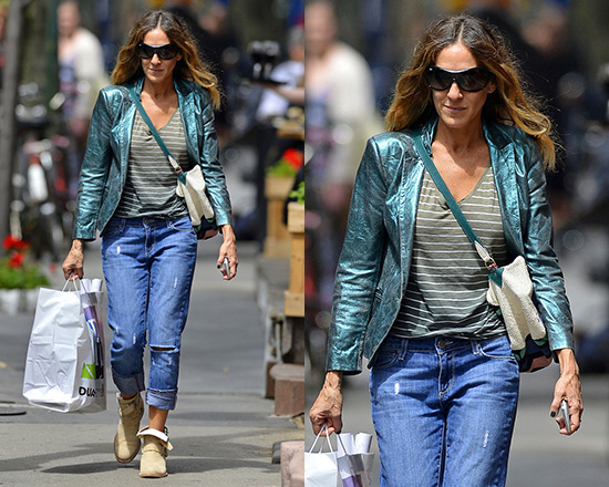 Sarah Jessica Parker wearing Paige Denim 'Lydia' Distressed Skinny Jeans
