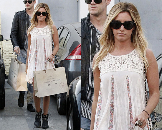 ashley-tisdale-FP-ONE-Annabella-Day-Dress