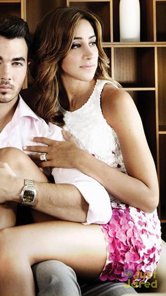 danielle-jonas-Theia-Contrast-Embellished-Shift-Dress