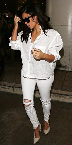 kim-kardashian-J-Brand-620-Super-Skinny-distressed-mid-rise-jeans