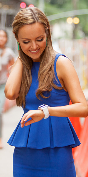 nicole-lapin-Alice-+-Olivia-June-Pleated-Peplum-Dress-cash-smartwatch-white-faux-croc-band