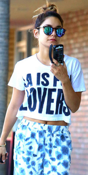 vanessa-hudgens-lovers-friends-LA-is-for-Lovers-Cropped-Graphic-Tee