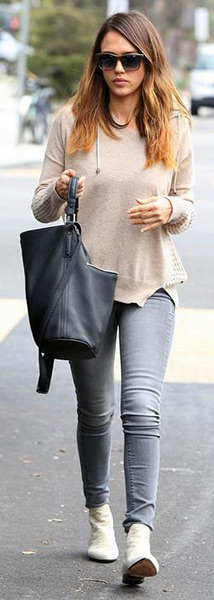jessica-alba-Black-Orchid-Stella-Mid-Rise-Skinny-Jeans