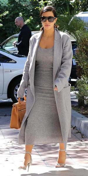 kim-kardashian-T-by-Alexander-Wang-Ribbed-knit-dress
