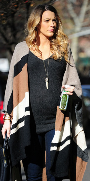 blake-lively-Mikal-Winn-Crystal-and-Quartz-Pendant-Necklace