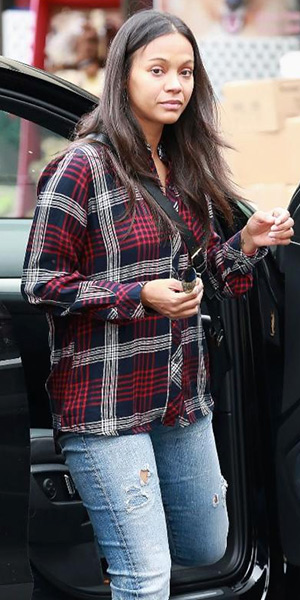 Zoe Saldana wearing a Rails Hunter Indigo White Button Down Shirt