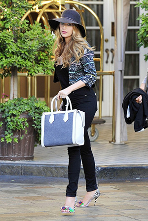 Blake Lively is seen out and about in NYC carrying a Henri Bendel Rivington Canvas Tote and wearing a pair of Sophia Webster Lilico Floral Jungle Sandals - April 21, 2015