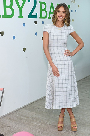 Jessica Alba wears a Wes Gordon dress, Jennifer Meyer necklace and Chloe leather platform sandals to The Honest Company's one-year anniversary event at Target in L.A. (April 29, 2015)