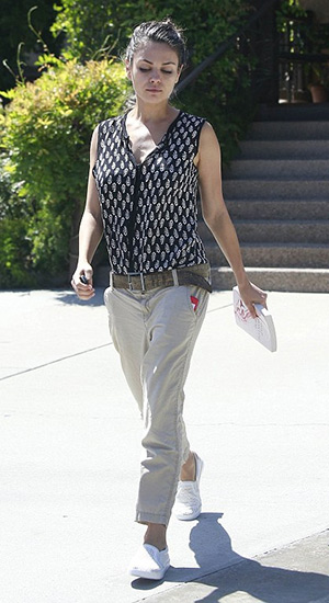 Mila Kunis wearing a Tolani Whitney Sleeveless Top in Ditsy and a pair of Dr. Scholl's Madison Fashion Sneakers to lunch at Suzanne's Cuisine on July 27, 2015 in Ojai, CA.