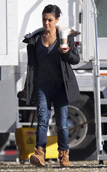 Z Supply The Pocket Tee as seen on Mila Kunis