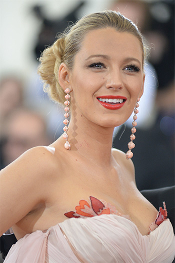 Blake Lively 2016 Met Gala LOreal Paris Colour Riche Collection Blake Red Lipcolor