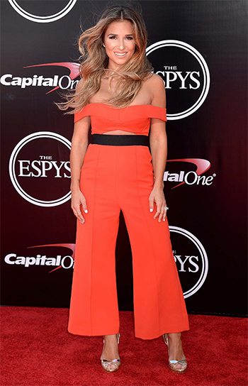 Jessie James Decker wears a Self Portrait Off-Shoulder Cutout Jumpsuit and Aquazzura Metallic Ankle Strap Sandals to the 2016 ESPY Awards in Los Angeles, CA on July 13, 2016.